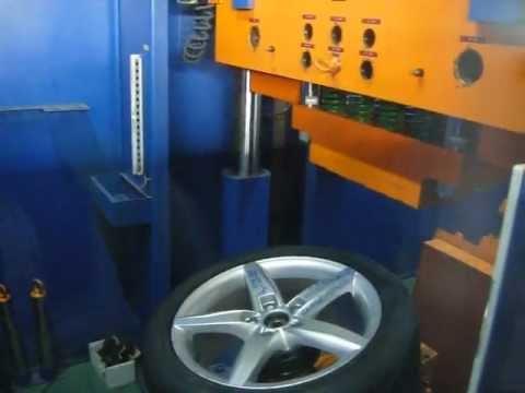 Тест дисков реплика WSP Italy W561 Kassel на удар спицы (Ауди)