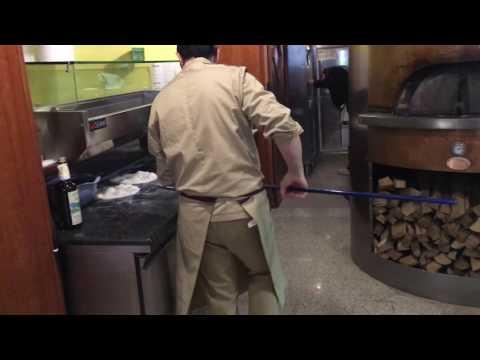 Produzione quotidiana di Scrocchiarella con farina dell'azienda Italmill 🔝🇮🇪