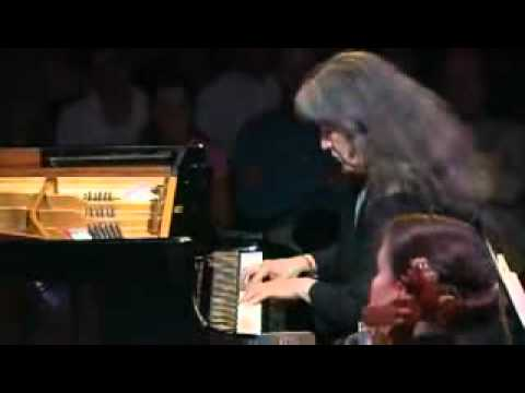 Argerich, VFO conducted by Pletnev - Prokofiev Piano Concerto no.3 - 1st movt