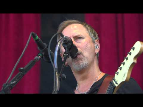 Alice In Chains tocan el &#8220Man in the Box&#8221 en el &#8220Main Square Festival&#8221...