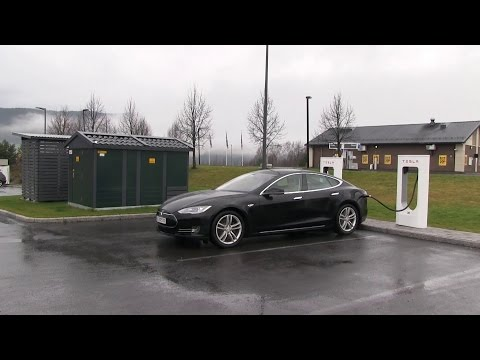 Tesla Model S 60 kWh review after 4800 km/3000 mi