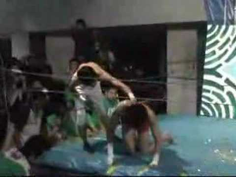 Japanese university wrestling Tansann VS Gari part2 (видео)