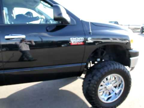 Dodge Ram 2500 Lifted