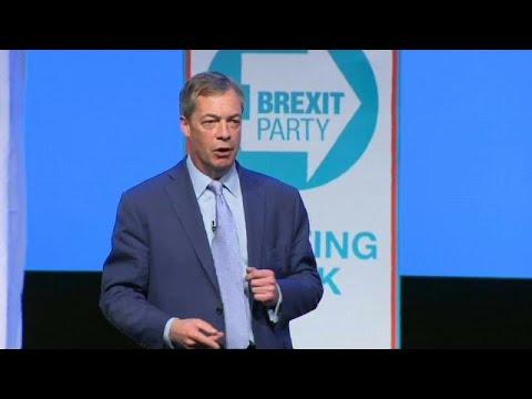 Großbritannien: Nigel Farage kämpft mit Kriegsrhetorik  ...