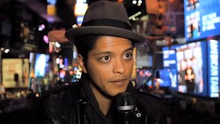 Bruno Mars Performs 'Billionaire' Live  in Times Square on NYE 2010
