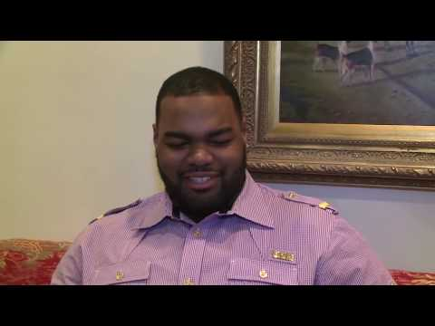 Michael Oher - Producer/ Shawn Brown( CBN Sports) Videographer/Editor Caleb Kinchlow Michael Oher gives CBN Sports reporter Shawn Brown a candid look at his life on and off...