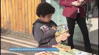 Projeto de incentivo à leitura aumenta procura por livros na Biblioteca Municipal de Marília