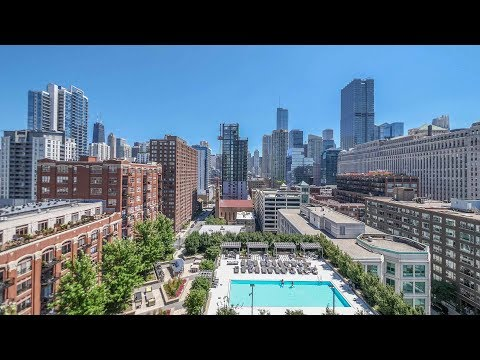 A spacious east-view 1-bedroom at River North's Hubbard Place