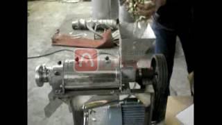 Low price apple juicing machine/coconut screw juicer/Commercial Fruit Vegetable Screw Juicer youtube video