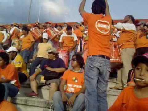 Alegría en el estadio Víctor Manuel Reyna