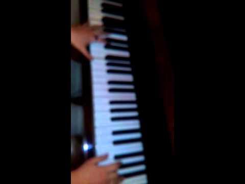 Игра на пианино 2 (видео)
