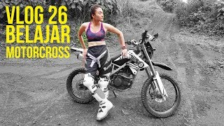 Download Video VLOG #26 Belajar Motorcross, Saking serunya ampe klontang 2x MP3 3GP MP4