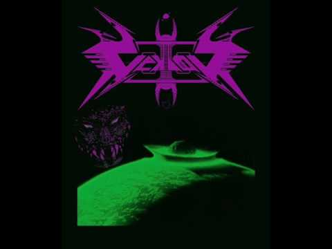 Vektor - Destroying the Cosmos online metal music video by VEKTOR