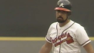 9/18/88: Ozzie Virgil hits a pinch-hit walk-off single in the bottom of the 10th to give the Braves a 6-5 win over the Padres Check ...