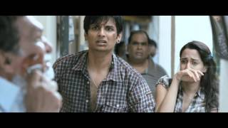 David - Lara Datta Hugs Jiiva To Console Him