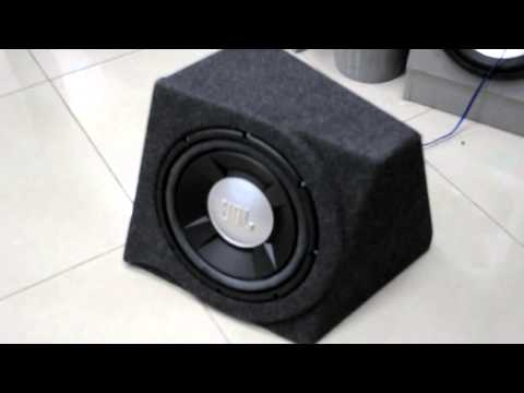 Sealed 1 cubic foot (28 liters) box JBL GTO 1202D Subwoofer