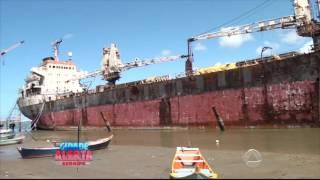 Video Navio já se encontra a mais de 10 anos ancorado na costa da Barra dos Coqueiros - Cidade Alerta MP3, 3GP, MP4, WEBM, AVI, FLV Mei 2019