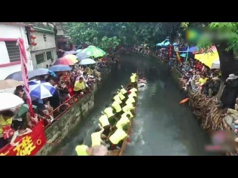 العرب اليوم - شاهد: سباق قوارب التنين موعد سنوي للاحتفال والتنافس