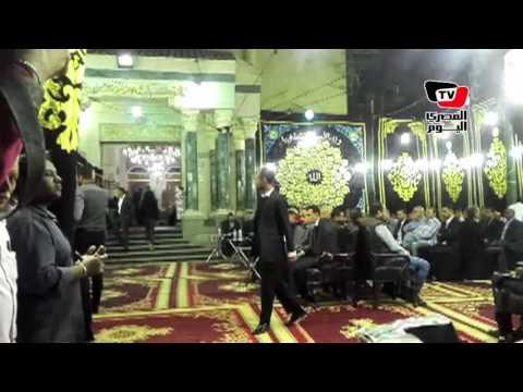أحمد عز ونجلي محمود عبدالعزيز في عزاء والدة عمرو وشريف عرفة