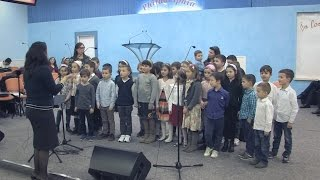 Grupa de copii – Doamne-n Tine ma incred