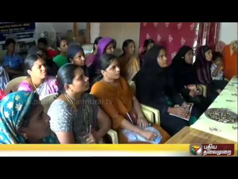 Training-on-manufacture-of-LED-bulbs-and-removal-of-bushes-by-Nammal-Mudiyum-team