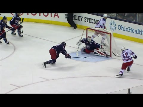 Video: Blue Jackets' Bobrovsky at it again, robs Rangers' Smith point blank