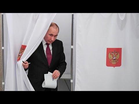 H ώρα της κάλπης στη Ρωσία