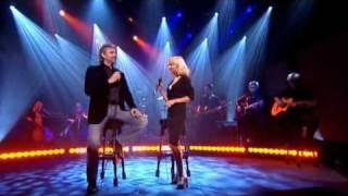 Christina Aguilera & Andrea Bocelli - Somos Novios.flv