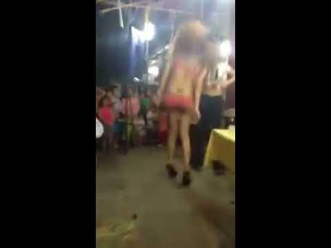 Video hài Girl sexy quẩy tưng bừng tại sinh nhật, không xem hơi phí