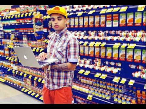 Brackins - MP3 DOWNLOAD: http://www.thizzler.com/blog/2011/11/11/bobby-brackins-ft-iamsu-roach-gigz-golden-state-official.html Bobby Brackins ft. iamsu!, Roach Gigz - G...