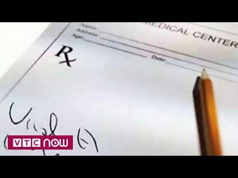 Ấn Độ: Bác sĩ bị xử phạt vì chữ viết quá xấu - Thời lượng: 45 giây.