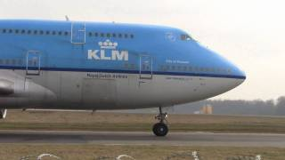 Video KLM Boeing 747 at Luxembourg MP3, 3GP, MP4, WEBM, AVI, FLV Agustus 2018