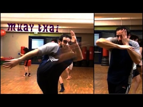 Muay Thai Beginners – Class Training