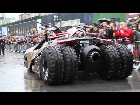 avete mai visto l'auto di batman per strada???