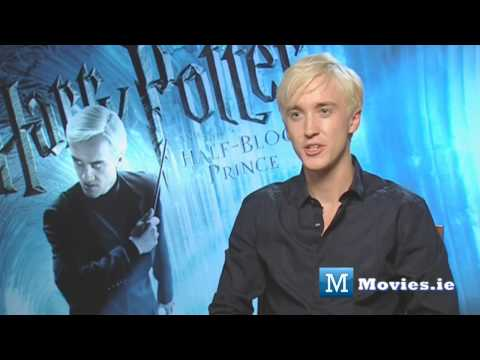 moviesireland - Tom Felton (Draco Malfoy) talks to Paul Byrne for http://www.Movies.ie about the END of Harry Potter and The Deathly Hallows part 2 Check out our other Harry...
