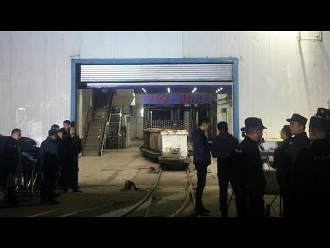 Κίνα: Παγιδευμένοι παραμένουν 18 μεταλλωρύχοι