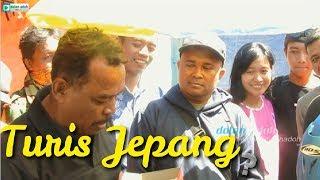 Video PAK CEMPLON Bikin Wisatawan Datang ke Pasar Legen Bonyokan MP3, 3GP, MP4, WEBM, AVI, FLV April 2019