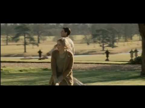 Easy Virtue Clip 'Tennis'