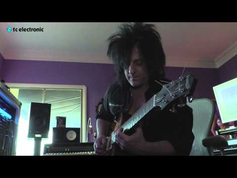 "In this video Steve Stevens creates and jams over his loop ""Breathe"" for the Ditto X2 Looper from TC Electronic."