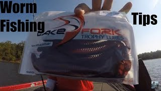 Video Lake Fork Bass fishing With Plastic Worms: Tips and Techniques MP3, 3GP, MP4, WEBM, AVI, FLV Agustus 2018