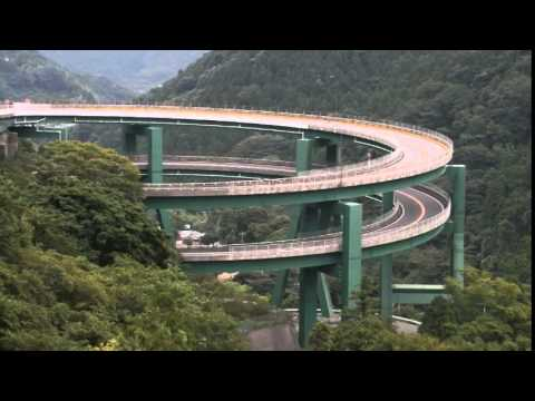 日本死亡公路:限速30無一輛車敢超速