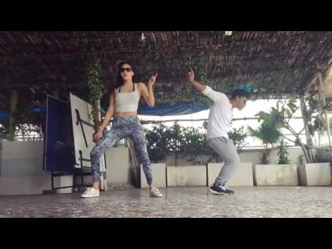 Amyra Dastur Dance Performance by Kaala Chashma Song