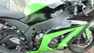 11. Kawasaki Ninja ZX-10R 200 Hp 295 Km/h 2012