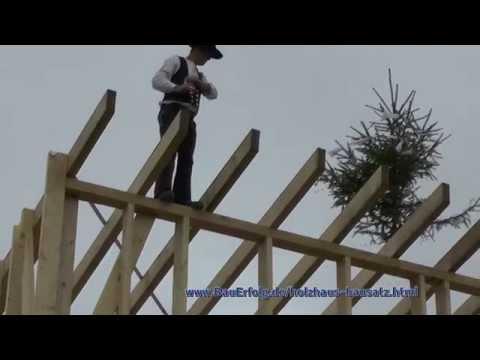 BauErfolg Bausatz Holzhaus. Aufbau Teil 9