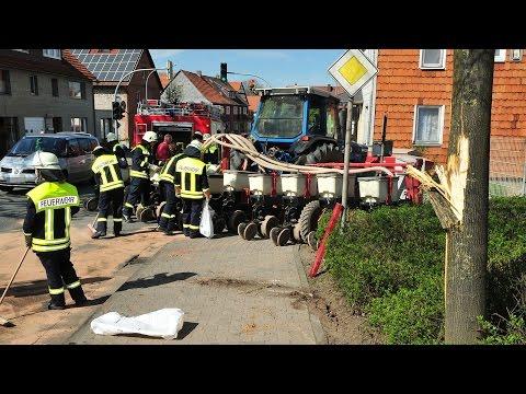 Vollpserrung nach Unfall mit Traktor