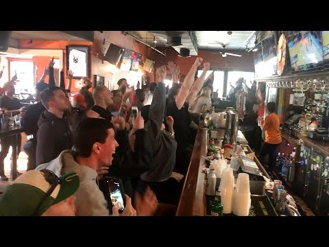 Fans erupt as Syracuse beats Michigan State, heads to Sweet 16 (видео)