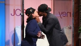 Video Shemar Moore Kisses for Cancer Research MP3, 3GP, MP4, WEBM, AVI, FLV November 2018