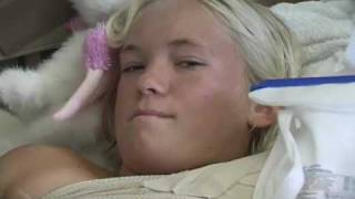 Nonton Heart of a Soul Surfer: The Bethany Hamilton Documentary TRAILER Film Subtitle Indonesia Streaming Movie Download