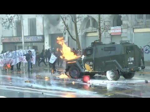 Chile: Lehrer demonstrieren - der Lehrerstreik in San ...