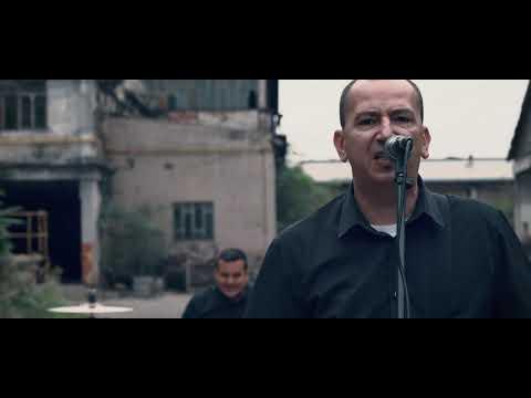 Čovek bez sluha - Stanimo u gard